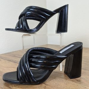 Cape Robbin Sister-1 Sandals